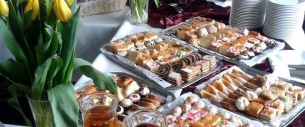 Zamów catering i ciesz się najlepszym przyjęciem urodzinowym!